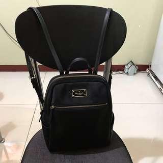 Katespade Hilo black avenue backpack ( Authentic )