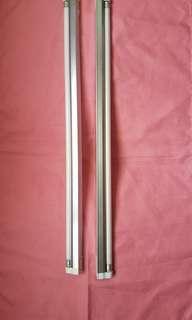 20吋長幼光管兩套(光管係藍色)