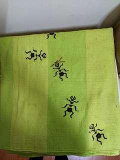 IKEA 綠色螞蟻床邊地墊遊戲墊