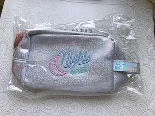 LIMITED STOCK! Make up pouch glitter ✨