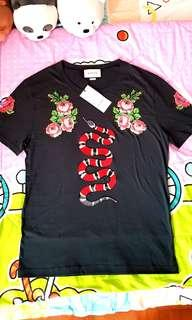 Brand New Gucci King Snake Floral Studs Black Tee.
