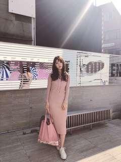 🚚 Lynn in jp 乾燥玫瑰直壓紋連帽洋裝棉質連身裙