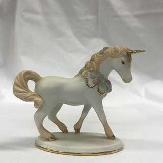 Unicorn Figurine White w/ Flowers