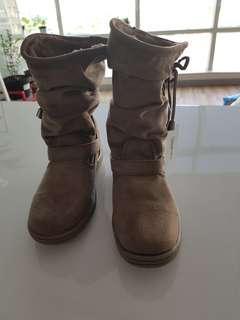 Laxmi Boots