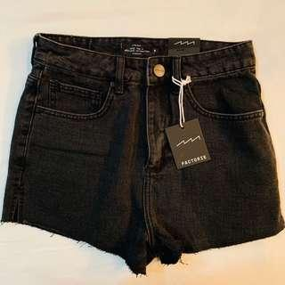 Bnwt factorie black mom high waisted denim shorts authentic