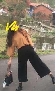 土色寬袖上衣+超修身寬褲