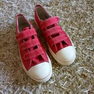 Red sneakers size 38