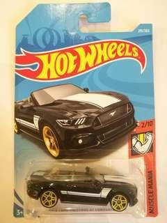 Hot Wheels 2015 Ford Mustang GT conv