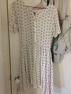 Vintage dress with gold detail buttons