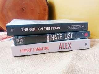 "Buku Novel Bekas ""Alex"""