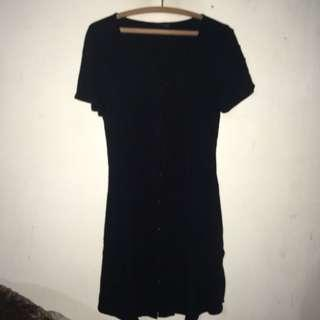 Dress Hitam Pendek Cotton On