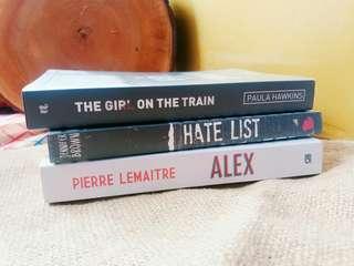 """Novel """" The Girl on The Train"""""""