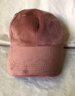 Bench Velvet Cap
