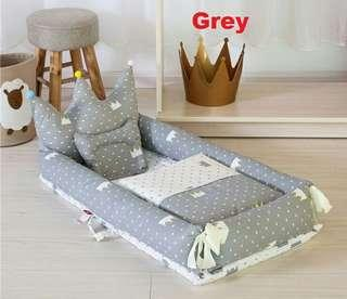 🆓📮Crown Baby Portable Crib Travel Bed