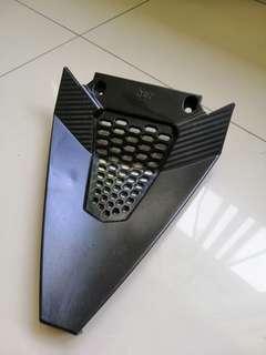 Honda rs150 manifold. Cover