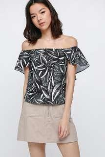 Love Bonito Thandie Printed Off Shoulder Top, M