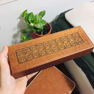 Cute lil boho jewellery / pencil case box