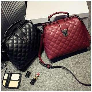 🆓📮Joanne Shield Handbag