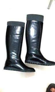 Bally boot size eur 38 16 inches high in excellent condition