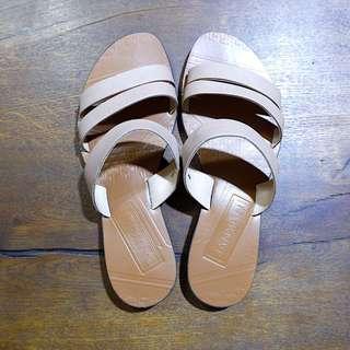 Janylin Beige Sandals