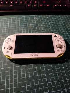 PS Vita + 32 GB card