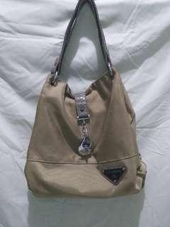 JOVANNI | Dark Golden Bag