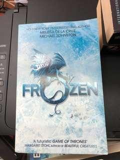 Frozen:Heart Of Dread by Melissa De La Cruz and Micheal Johnston