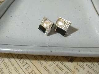 耳環 馬賽克鑽方型耳環