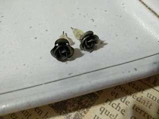 耳環 黑玫瑰