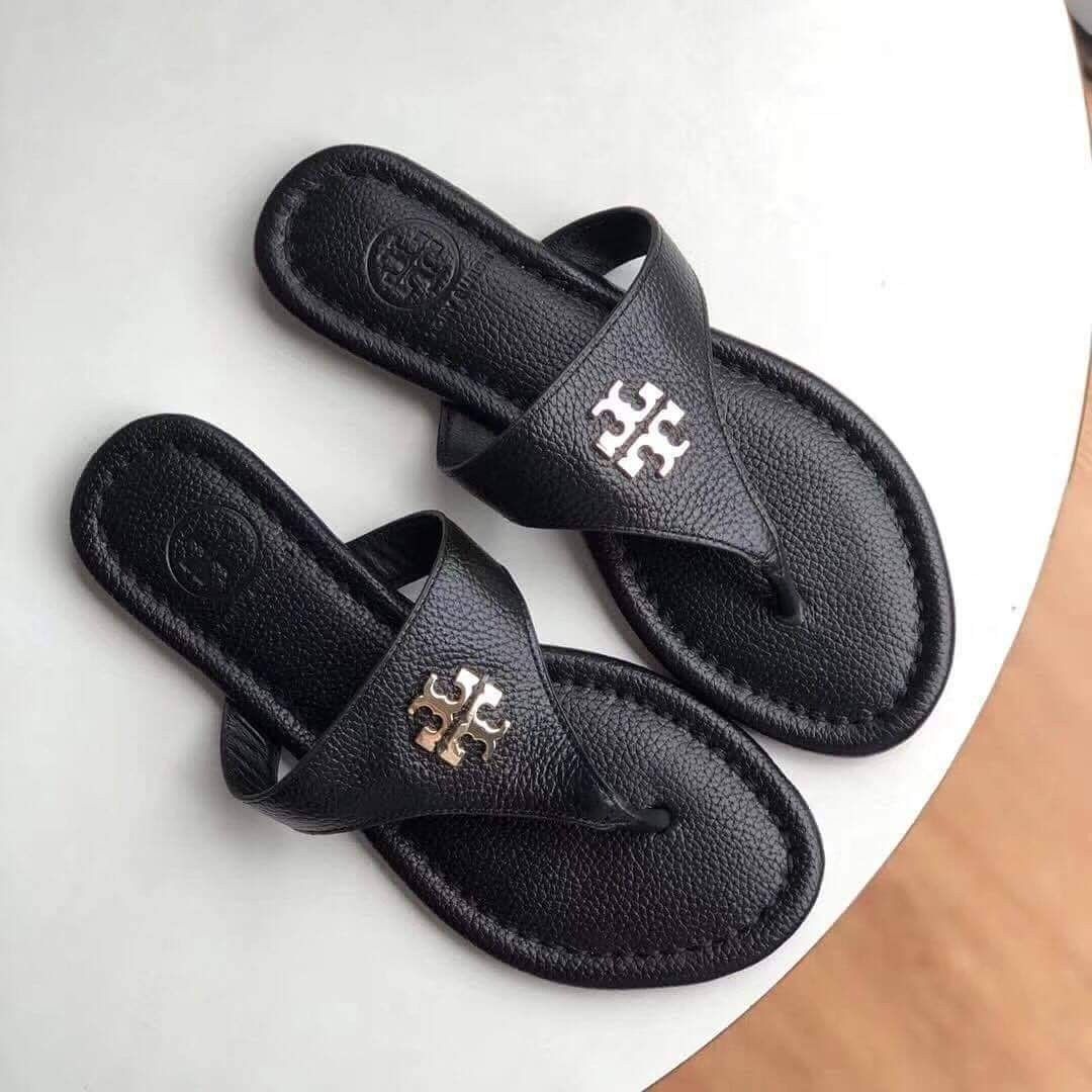 4a05df04329 Authentic TORY BURCH Laura Flat Thong Tumbled Leather Sandals