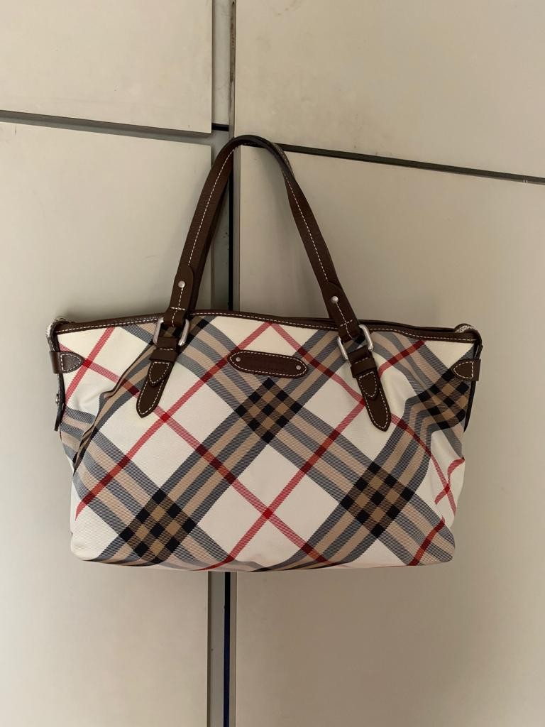 67d7428d82139c Home · Luxury · Bags & Wallets · Handbags. photo photo photo photo
