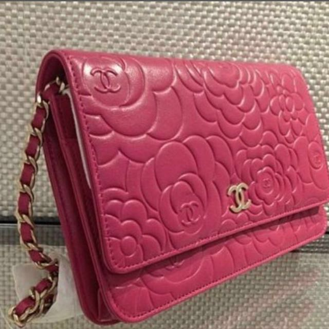db0d3d9e2300 Chanel WOC camellia with authencity card
