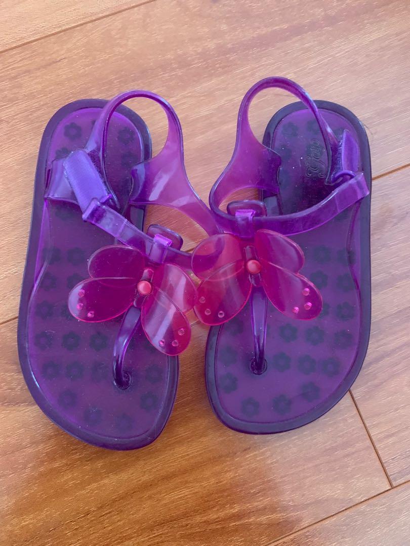 Gap sandals size 9 kids