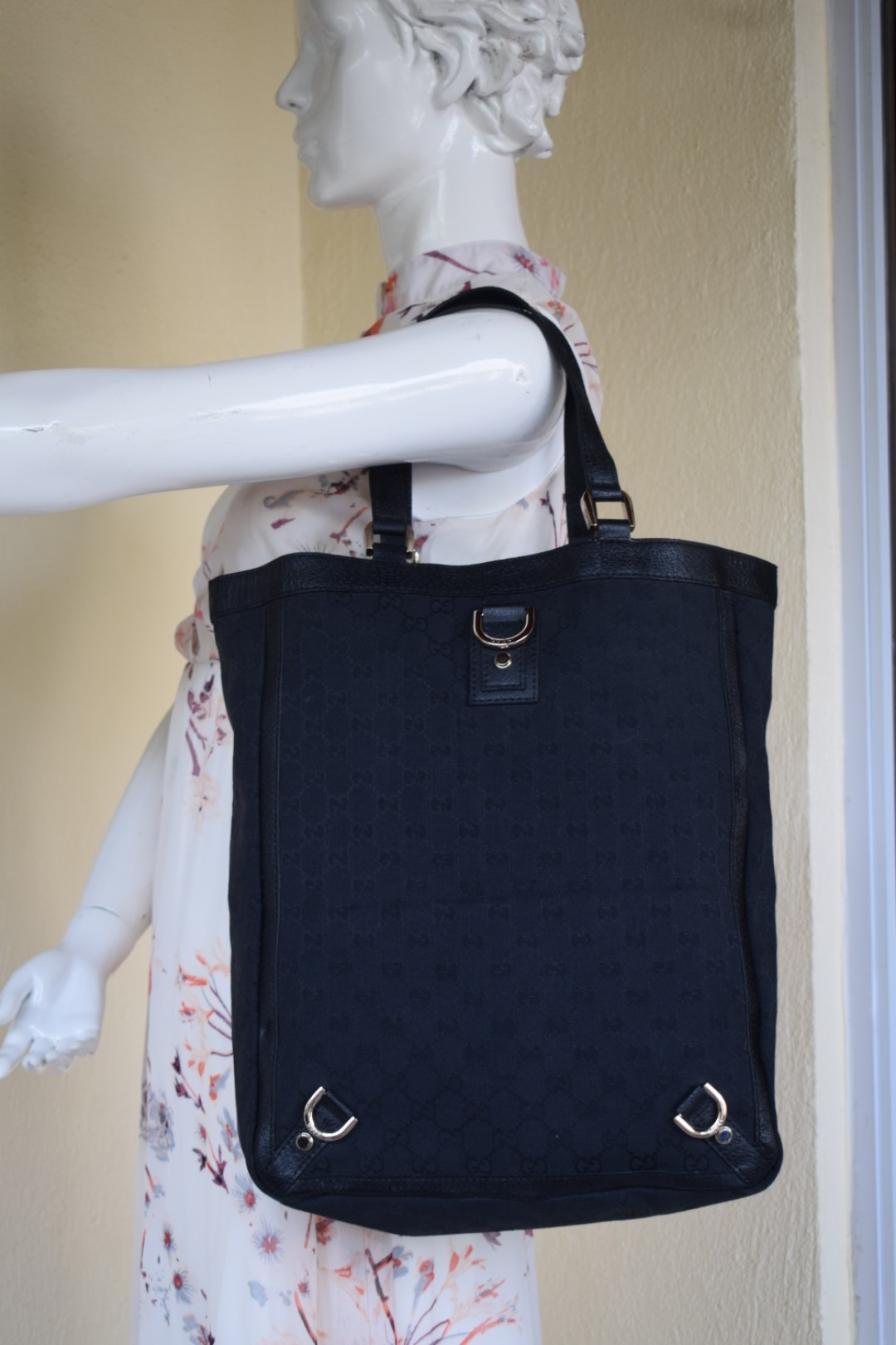 e8de6940c7 Gucci GG Black Monogram Canvas Tote Bag, Luxury, Bags & Wallets on Carousell