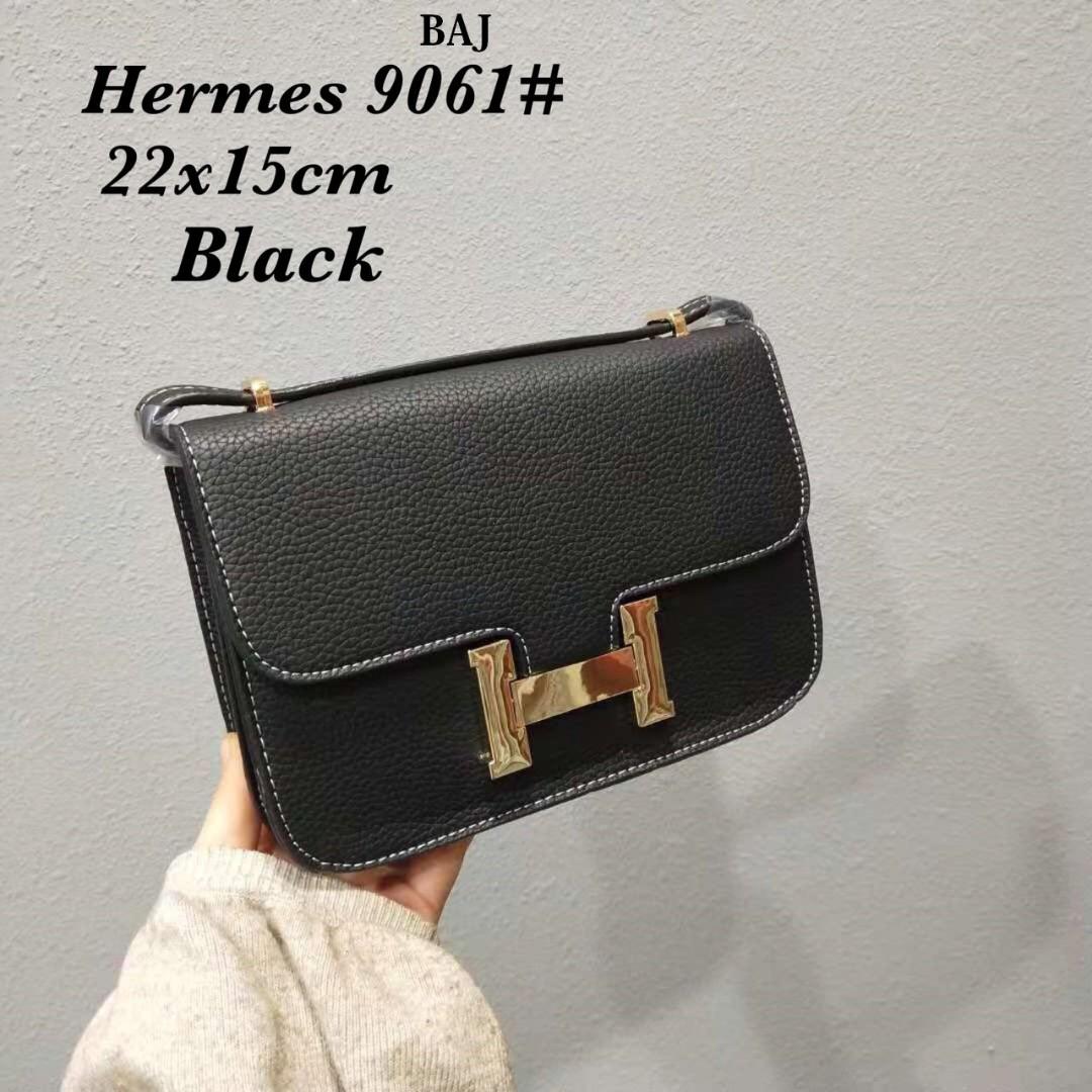 a6cc51393cd3 Hermes bag sling💚