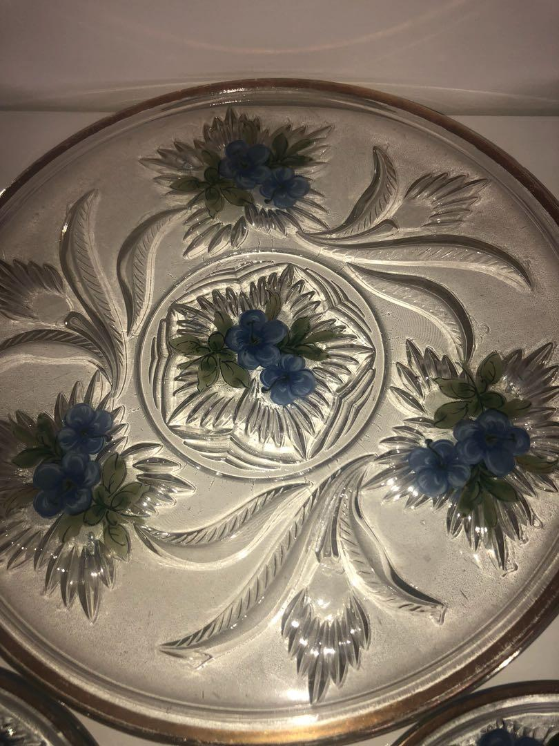 Serving Platter with 6 side plates perfect for high tea!