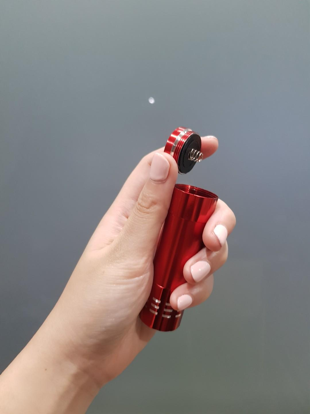 UV Torch light for UV Resin Crafts (batteries included