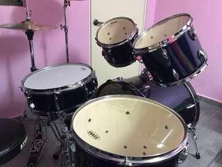 TAMA Imperial Star Drum Set + Zildjian Cymbals