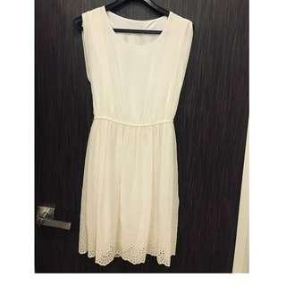 Cream embroidered dress Size S