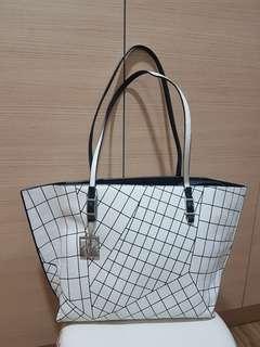 Calvin Klein Tote Bag with Zipper