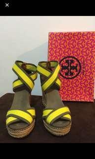 High heels sandal