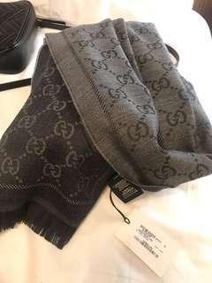 Gucci 圍巾