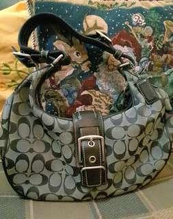 Authentic Coach Hobo Bag @ P2500