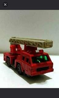 早期tomica雲梯消防車