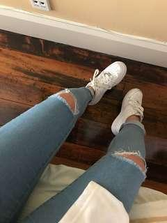 Knee Ripped jeans