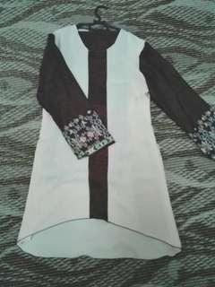 Baju kurung batik moden