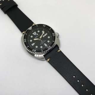 Black Friday Biggest Sale: 22mm Watch Strap Black Colour Genuine Leather With Contrast Stitching V1