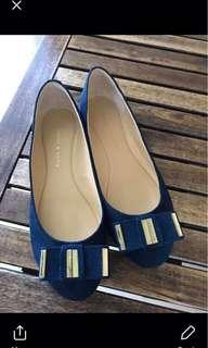 Preloved doll shoes