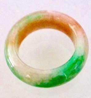 古舊三色玉指環:通透玉潤全美,直徑 21mm內/31mm外 x 9mm高