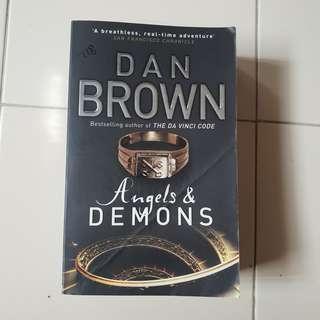 Dan Brown ( Angels & Demons)
